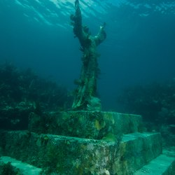 Christ of the Abyss Photo 9
