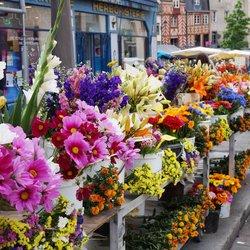 Place Des Lices Market Photo 41