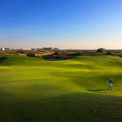 Yas Links Abu Dhabi Photo 9