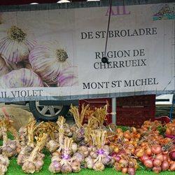 Place Des Lices Market Photo 22