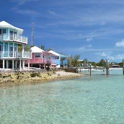 Staniel Cay Yacht Club Photo 13