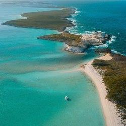 Staniel Cay Yacht Club Photo 8