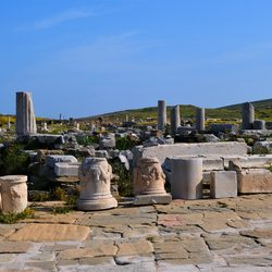 Delos (Dhílos) Photo 9