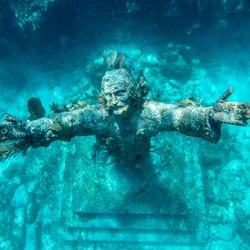 Christ of the Abyss Photo 2