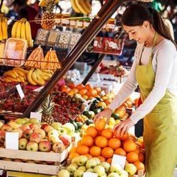 Place Des Lices Market Photo 21