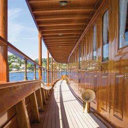Thanda Island Yacht Cruise Photo 3