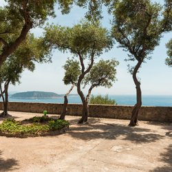 Aragonese Castle Photo 10