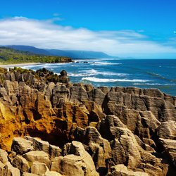 Visit the Rocky Shores of Punakaiki