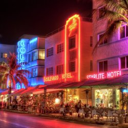 Enjoy an Unforgettable Evening at South Beach