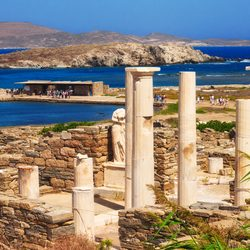 Delos (Dhílos) Photo 2