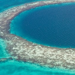 The Great Blue Hole Photo 5
