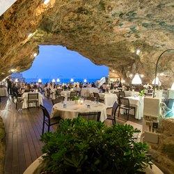 Grotta Palazzese Photo 12