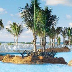 Atlantis Paradise Island Photo 38