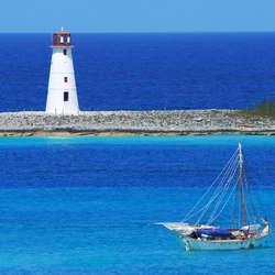 Cruise to the Old Lighthouse of Paradise Island