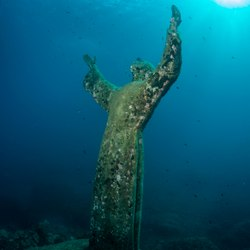 Christ of the Abyss Photo 3