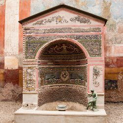 Pompeii Photo 16