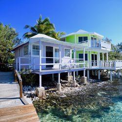 Staniel Cay Yacht Club Photo 6