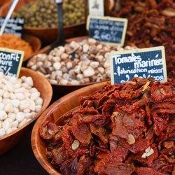 Place Des Lices Market Photo 20