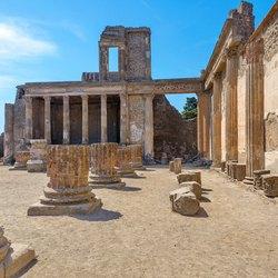 Pompeii Photo 2