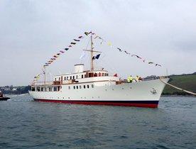 Restored Classic Yacht MALAHNE to Join Global Charter Fleet