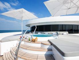 Superyacht 'Moonlight II' Offers September Charter Deal