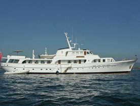 Feadship charter offer: Save 10% on board classic yacht 'Secret Life'