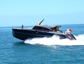 Motor Yacht 'Level 8' Reduces Weekly Rate For Late Summer Charters