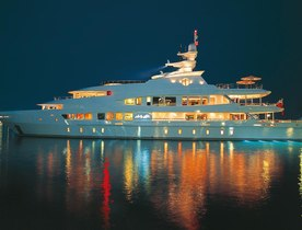 Superyacht 'Lady Lola' Now Open for Caribbean Christmas Charters