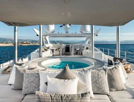 Extend Your Summer With a Vacation Aboard Heesen Superyacht DESTINY