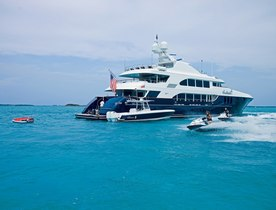 Motor Yacht COCKTAILS Caribbean Charter Special Offer