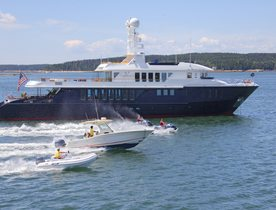 Superyacht CAPRICORN Offers Christmas Charter in the Bahamas