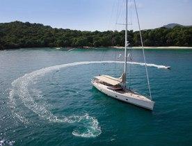Sailing Yacht ZEFIRO Looking for Seychelles Charters over Winter Season