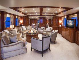 Motor Yacht CAMARINA ROYALE Available in the Bahamas