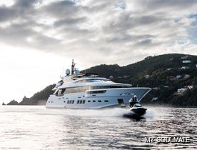 Sleek 34m Luxury yacht SOULMATE: Freshly refitted and available for charter around the Mediterranean
