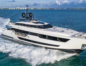 Custom Line motor yacht 'Vista Blue' joins global charter market