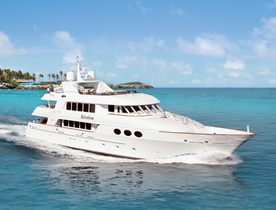 Motor Yacht RELENTLESS Available in the Bahamas