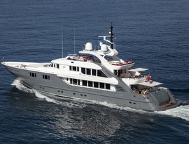 Motor Yacht 360° Cruising in the West Mediterranean