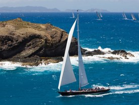 Sailing Yacht WHISPER Offers Last Minute Special Rate for a Caribbean Charter