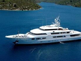 Superyacht NOMAD opens for Abu Dhabi Grand Prix charter