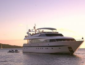 MIRACLE Charter Yacht Offers Summer Deal