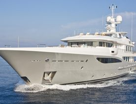 Motor Yacht 4You For Charter
