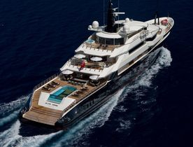 Superyacht ALFA NERO Available for Christmas