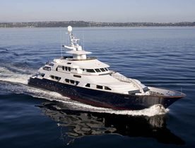 Motor Yacht L'ALBATROS Available in the Caribbean