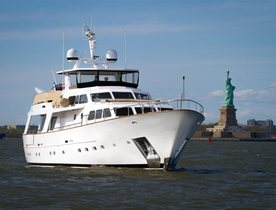 See the Sights of New York on board Superyacht SIMA