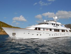 Motor Yacht 'Sweet Escape' Returns to Charter Market After Major Refit