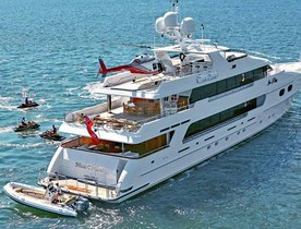 Charter Motor Yacht TOP FIVE for Thanksgiving