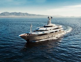 Superyacht 'Light Holic' Available For Charter In The Mediterranean