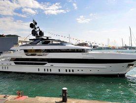 Sanlorenzo celebrates launch of superyacht KD