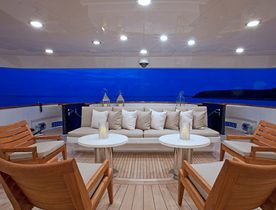 Luxury Yacht COCKTAILS Takes Bookings for Caribbean Charters