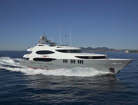 Save $15,000 on Bahamas Charters with Motor Yacht 'Zoom Zoom Zoom'